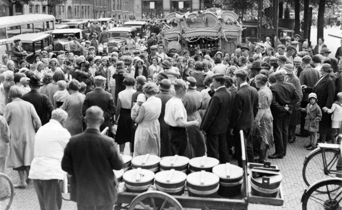 #Opaverhalen: Koninginnedag en Prinsessedag inAmsterdam